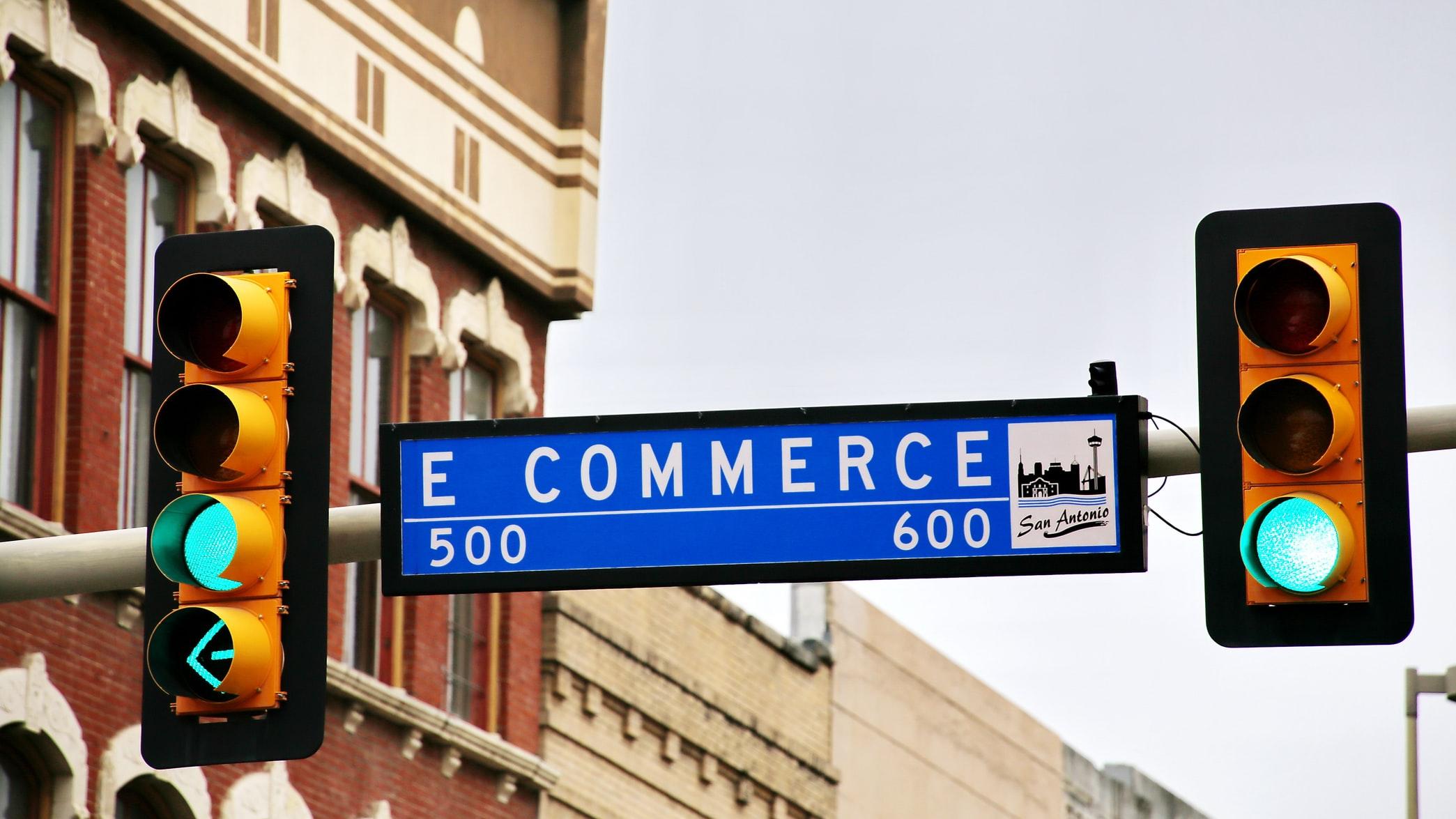 Vendite, Gdo: ancora in doppia cifra la crescita dell'e-commerce (+69,9%)