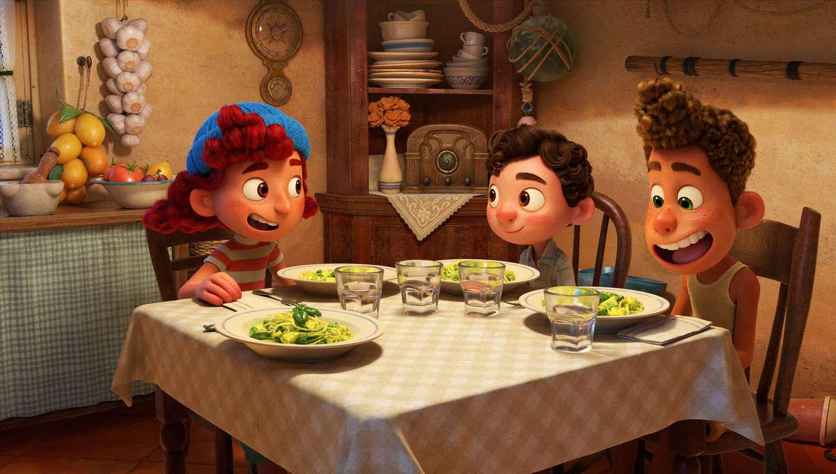 Luca, il nuovo film di Pixar ambientato in Italia. Dove si mangiano trenette al pesto e i formaggi diventano imprecazioni