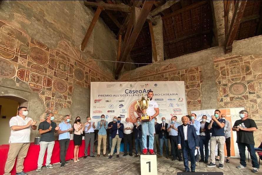 Trofeo San Lucio: vince Latteria Perenzin con il formaggio Capra, Fava Tonka e Vermouth